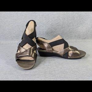Aravon (Rockport) Standon X-strap sandal